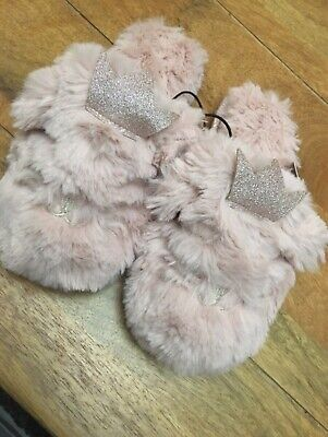 New Look Girls Pink Faux Fur Princess Crown Kitty Slippers Size XS (age 8-9)