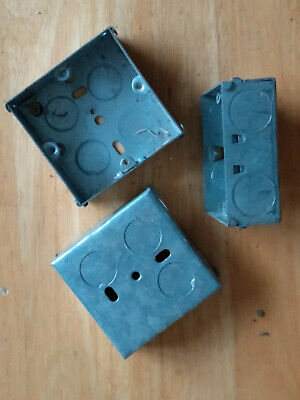 3 Metal Single Gang Back Boxes for wall sockets. Approx. 70 x 70 x 22 mm.