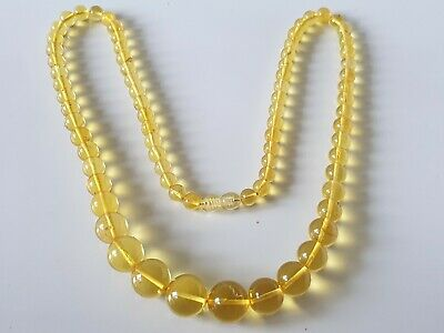 Bernsteinkette Baltic Amber Necklace Green-Yellow Beads