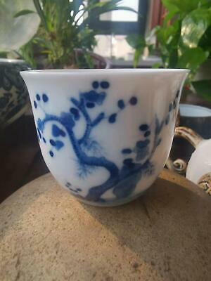 Recommended hand-painted blue and white porcelain tea cup / tea bowl / wine glas