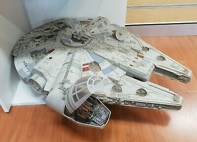 Hasbro 2008 Legacy Collection Millennium Falcon Action Set Working Sound Lights