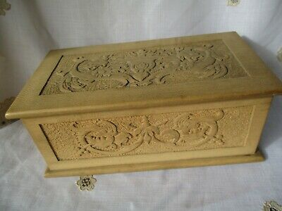 1898 Antique VICTORIAN Hand Carved in Relief Dragons Wooden Velvet Lined Box