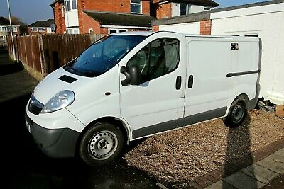 VAUXHALL VIVARO 2.0 CDTI - needs repair please read description