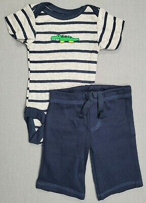 2PC INFANT//BABY BOYS BABIES R US LIZARD OUTFIT   SIZES 3//6 /& 6//9 MONTHS  NWT