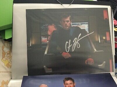 Star Trek hand signed autograph Chris hemsworth As George Kirk