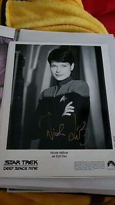 Star Trek hand signed autograph Nicole de Boer As Ezri Dax.