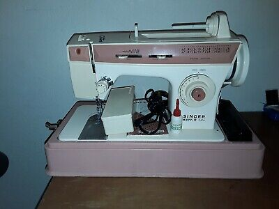 Singer Merritt 2404 Sewing Machine With Cams And Accessories