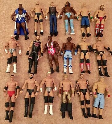 18 X USED BUNDLE WWE Mattel action figure BASIC toy Wrestling loose Rattle Role