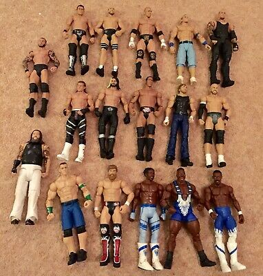USED BUNDLE 17 X WWE Mattel action figure BASIC toy Wrestling loose Rattle Role