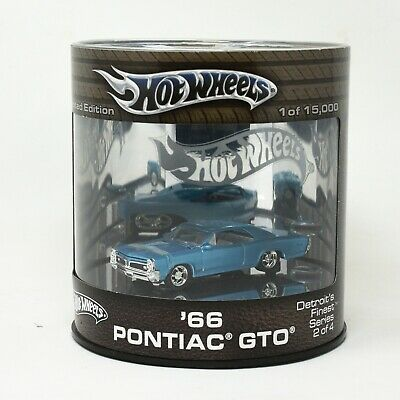 Hot Wheels Showcase Detroit's Finest '66 Pontiac GTO Oil Can Real Riders Limited