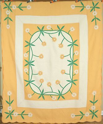 """Vintage 40's """"Daisy Chain"""" Antique Quilt ~Signed, with DENSE HAND QUILTING!"""