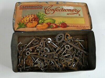 Job Lot 140 Old Antique Vintage Keys And Tin Steam Punk Maybe