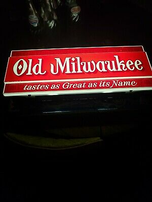 """Rare Vintage 1972 Old Milwaukee Beer Sign Lighted""""Tastes as Great as it's Name"""