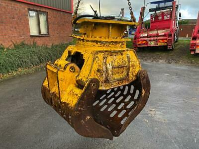 25 TO 30 Tonne Rotating Selector Grab With Pipes From Wood Yard Not Scrap Yard