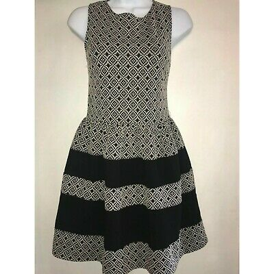 SAKS FIFTH AVENUE SFA Red Label S/P Black White Fit Flare Cocktail Dress EUC