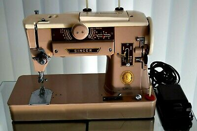 Singer Portable 401A Slant-O-Matic Sewing Machine With Foot Pedal+Case Works
