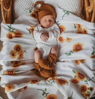 100% Organic Cotton Muslin Wrap/Newborn Swaddle/Pram Bassinet Blanket -Sunflower