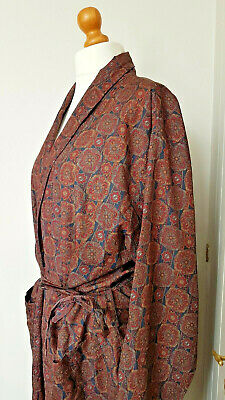 Vintage Traditional Gentlemans Robe Dressing Gown by Tootal Size L