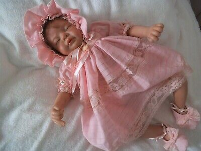 """Reborn Baby Doll 22"""" Silicone Vinyl 3/4 Limbs Cloth Body in New Condition"""