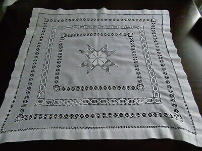 Beautiful Small Vintage Table Cloth/Centre ~ Square ~ 24.5 x 23.5""