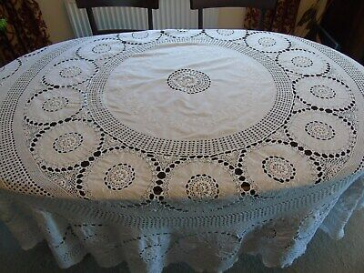 Superb Vintage Table Cloth ~ Circular 7' Plus ~ Cotton With Lots Of Crochet Lace