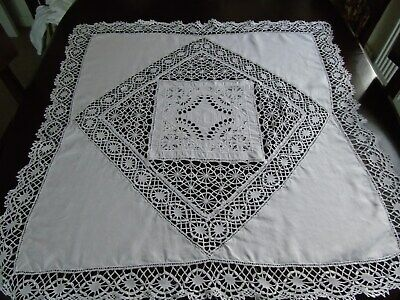 Beautiful Vintage White Linen & Lace Table Cloth 47 x 48 ""