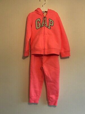 Girls BNWOT PINK GAP TRACKSUIT AGE 3 Years