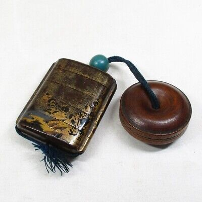 E587: Real old Japanese lacquered pillbox INRO w/good MAKIE, NASHIJI and NETSUKE
