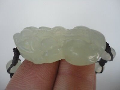 China Natural Jade Hand Carved Mythical Wild Animal Auspicious Hand Catenary