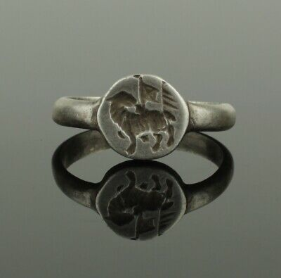 Ancient Medieval Heraldic Silver Seal Ring - Circa 15Th Century Ad   (767)
