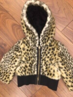 Stunning Juicy Couture Girls Fur Jacket With Hood Age 18Months