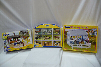 Breyer Red Stable - Country Stable - Stablemate 1:32 scale  PACKAGE DEAL!!  NEW