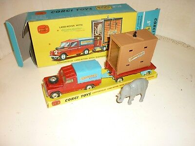 Corgi boîte gift set 19 chipperfields land rover elephant and cage on trailer