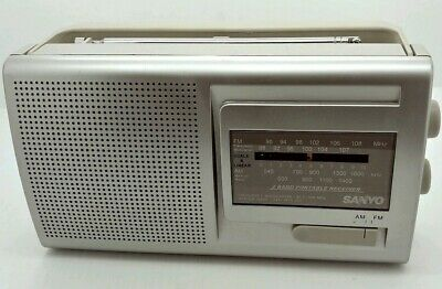 Sanyo RP6169S AM/FM Portable Radio in EXCELLENT condition