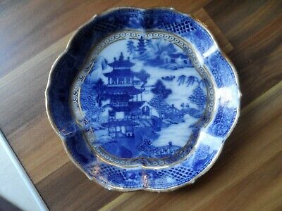 Chinese antique porcelain dish - 19th century Canton pattern blue and white