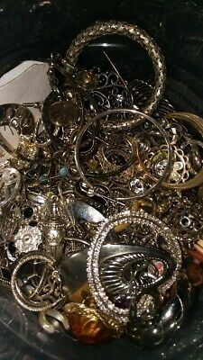 Jewelry Estate Lot Vintage To Now - Necklace, Ring, Earing, Wearable No Junk 5Pc