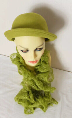 Green Wool Hat And Knitted Scarf