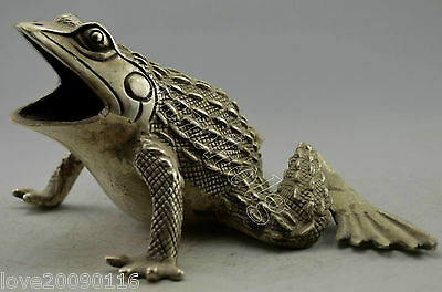 Collectible China Decorated Old Handwork Silver Plate Copper Carved Frog Statue