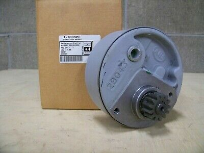 Massey Ferguson tractor Power Steering Pump 773126M92