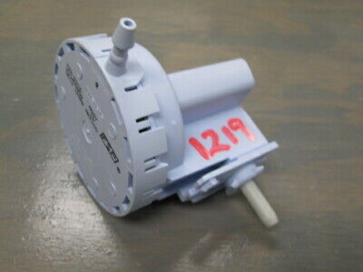 W10450959 Whirlpool Washer Pressure Switch Tested Good USED
