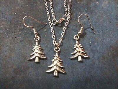 "Antique Silver Christmas tree Pendant with earrings, 20"" chain and 925 hooks"