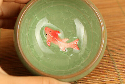 chinese green Ice to crack porcelain fish statue tea cup bowl
