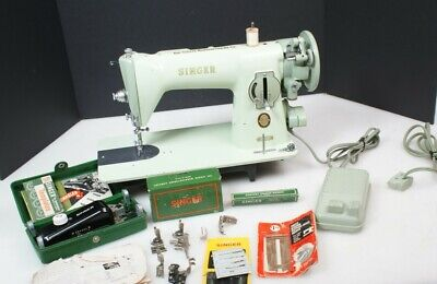 Awesome 1956 Singer 15-125 Sewing Machine Mint Green Excellent Vintage