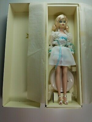 Silkstone The Ingenue Fashion Model Collection Barbie Doll Gold Label 2006 NRFB