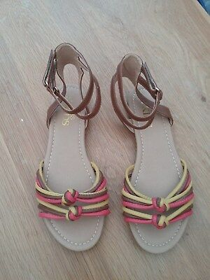 M & S Kids Girls Pink Yellow Flat Ankle Strap Sandals Size 6 Adult BNWT