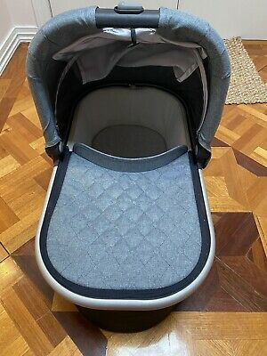 Uppababy Vista / Cruz Bassinet 2019 Grey Marl (Gregory) Brand New Condition