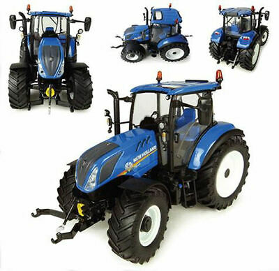 /231/ /Pick Up Set /with Charger and Farmer/ Universal Hobbies New Holland Tractor with Trailer and/ /uhk1211/