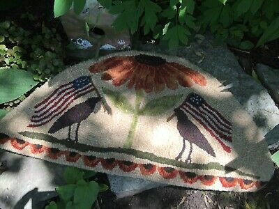 Primitive Hooked Rug Pattern On Linen ~ Shady Days Of Summer