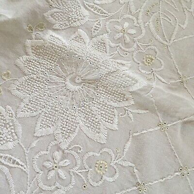 Lovely Antique Cotton Tablecloth Embroidered Needlework Floral 1900-1940s #K