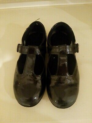 Girls Clarks black patent leather school shoes UK size 10.5 G